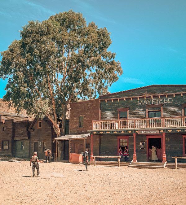 visiter le village Fort Bravo dans le désert des Bardenas