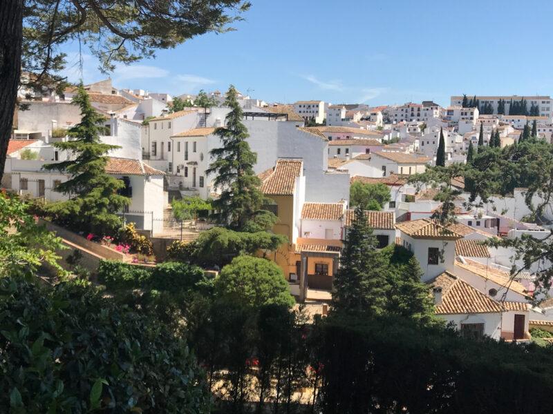 Vue sur les maisons blanches de  Ronda