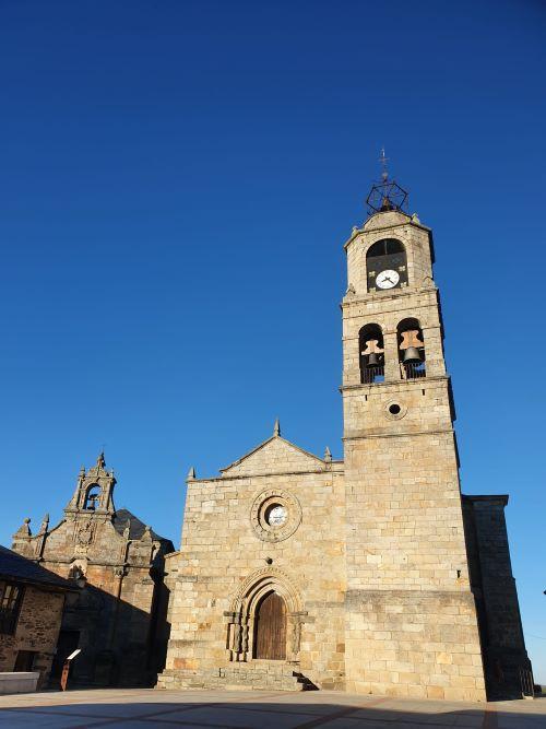 village de castilla y leon, Eglise